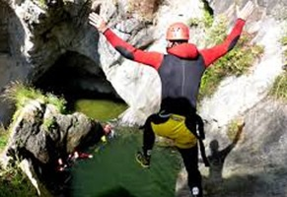 gallery/canyoning_2